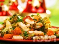 Рецепта Печен боб на фурна с броколи